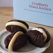 cranberry island kitchen chocolate whoopie pies 12 pack by cranberry island kitchen