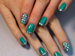 before you decide to do shellac nails at home read this