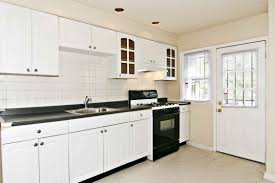Kitchens With White Cabinets And Black Countertops Kitchen Thomasville Cabinetry Receives Top Honor 97 Grey