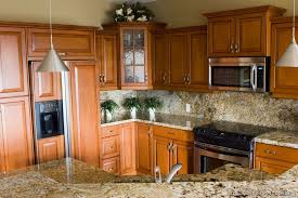 Oak Cabinets Kitchen Design Traditional Medium Wood Golden Kitchen Cabinets From Kitchen