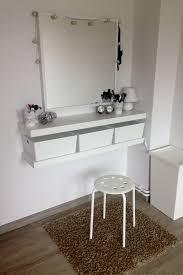 Ikea Schlafzimmer Lampe Diy Schminkecke Frisiertisch Schminktisch Wohnen Wohnideen