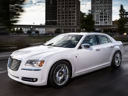 chrysler bentley review the 2013 chrysler 300 is aging gracefully with subdued