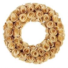 berry wreath 17 woodchip and berry wreath christmas tree shops andthat
