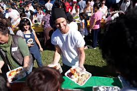 thanksgiving meal delivery thanksgiving volunteering in la serve dinner to the homeless