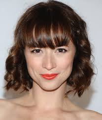 top 16 best short hairstyles with bangs for round faces