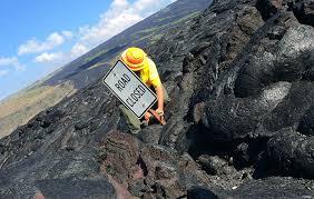 Hawaii national parks images Visitor dies at hawaii volcanoes national park jpg