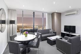 meriton appartments sydney meriton suites kent street in sydney central business district