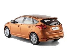 model ford focus ford focus 2015 1 18 scale diecast model car wholesale ford