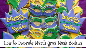 mardi gras cookie cutters how to decorate mardi gras mask cookies