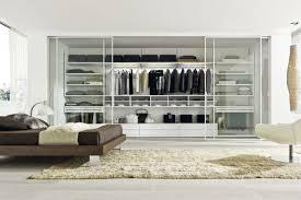 Concept Organize A Small Walk In Closet Roselawnlutheran House - Closet bedroom design