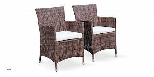 chaises tress es chaises tressees luxury table et 2 chaises pliantes en acier et
