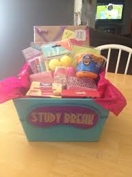 gift baskets for college students best 25 college gift baskets ideas on college gift
