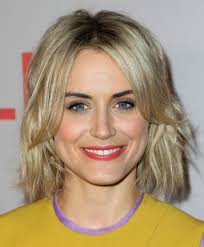 taylor schilling short wavy cut short hairstyles lookbook