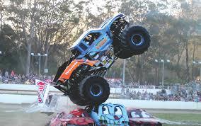 monster truck stunt show sea fm festival of fire sunshine coast monster trucks 2017 smash