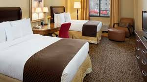 2 bedroom hotel suites in memphis tn the doubletree hotel memphis downtown