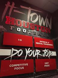 uh to begin construction on indoor football facility houston