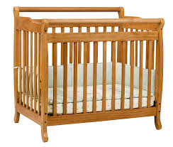 Davinci Mini Crib Emily Davinci Emily 2 In 1 Mini Crib And Bed In Honey