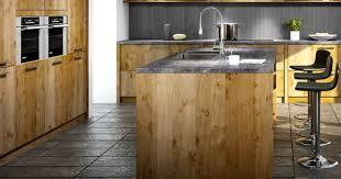 fabriquer sa cuisine lot central en palette 32 id es diy pour customiser sa cuisine