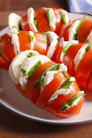 best tomato mozzarella caprese salad recipe how to make caprese