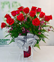 2 dozen roses classic 2 dozen roses flowers plants gifts