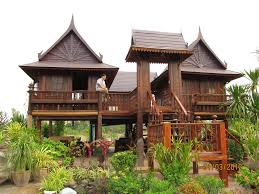 thai traditional houses have been built with prefabricated system