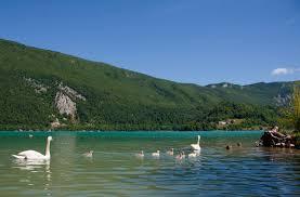 chambre d hote lac d aiguebelette les alpes côté plages 6 belles plages des alpes alti mag