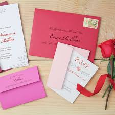 wedding invitations timeline this is when you should send out your wedding invitations