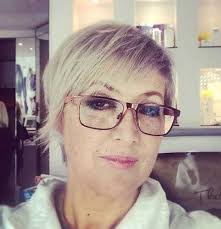 chic short hair styles for older women short hairstyles 2016
