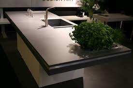 plan de travail design cuisine maison design bahbe com