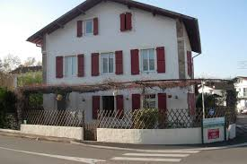 chambres d hotes ascain bidegutzia chambre d hotes bed and breakfasts for rent in ascain