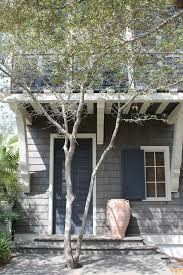 would like to know these paint colors exterior