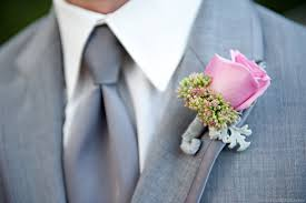 How To Make Boutonnieres For A Classic Look Learn How To Make A Boutonniere Everafterguide