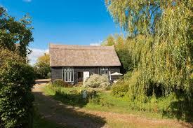 Historical Description Of Suffolk England Deepwell Barn