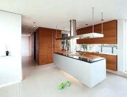 ilot central cuisine contemporaine hotte cuisine ilot central 99 idaces de cuisine moderne oa le bois