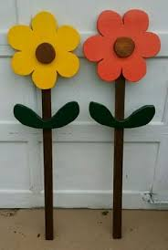 wood flowers painted wood flower accents creating outdoors 2