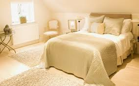 Mixing White And Black Bedroom Furniture Cream And White Bedrooms Inspiration Mixing Bedding Marvelous