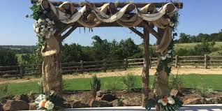 Wedding Arches Dallas Tx Diamond H3 Ranch Weddings Get Prices For Wedding Venues In Tx