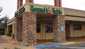 round table pizza anchorage margy s musings round table pizza and mrs field s chocolatechip