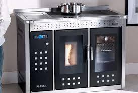 poele à bois pour cuisiner klover une cuisinière qui sait tout faire i granulé i