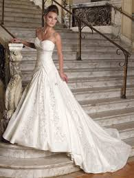 wedding dresses for rent rent designer wedding dress c84 all about trend wedding