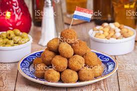 niederländische küche bittergarnituuroderbitterballen frittierte - Niederl Ndische K Che