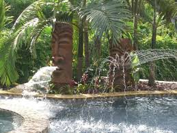 Tiki Backyard Designs by Best 25 Tropical Backyard Ideas On Pinterest Tropical Backyard