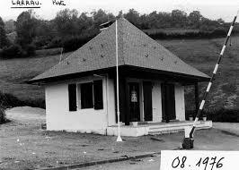 bureau douane musée national des douanes l architecture des postes de douanes