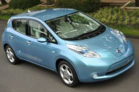 nissan leaf what car nissan unveils u0027leaf u0027 electric car carfab com