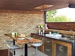 construction cuisine d été cuisine d ete exterieure ou cuisine dun bar pour ambiance modele