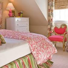 Girls Pink Bed by Pink And Green Girls Room Design Ideas