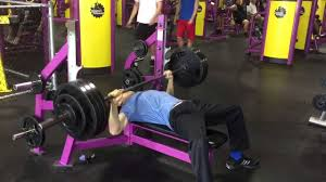 what should i be benching for my weight planet fitness paused bench press 2 25 15 385 paused at 152 body