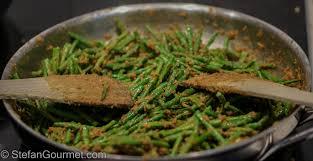indonesian spicy green beans sambal goreng buncis sambalboontjes