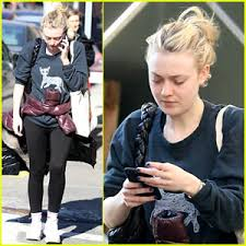 what is dakota fanning doing now dakota fanning steps out after landing tnt series the alienist
