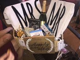 honey moon gifts the 25 best honeymoon gift baskets ideas on honeymoon
